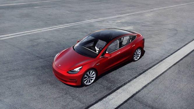 La Tesla Model 3, numéro 1 des ventes de véhicules électriques aux particuliers en mars