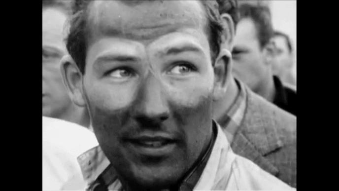 """Stirling Moss, le """"champion sans couronne"""", est mort à l'âge de 90 ans"""