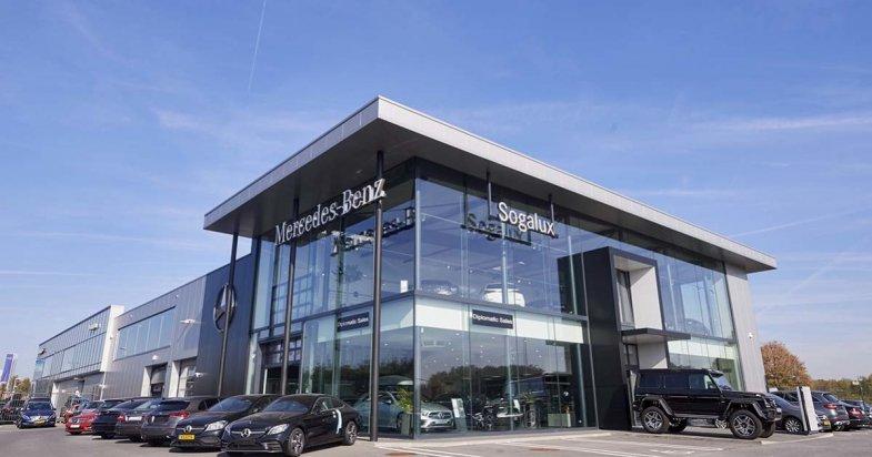 CAR Avenue reprend quatre concessions Mercedes en Belgique