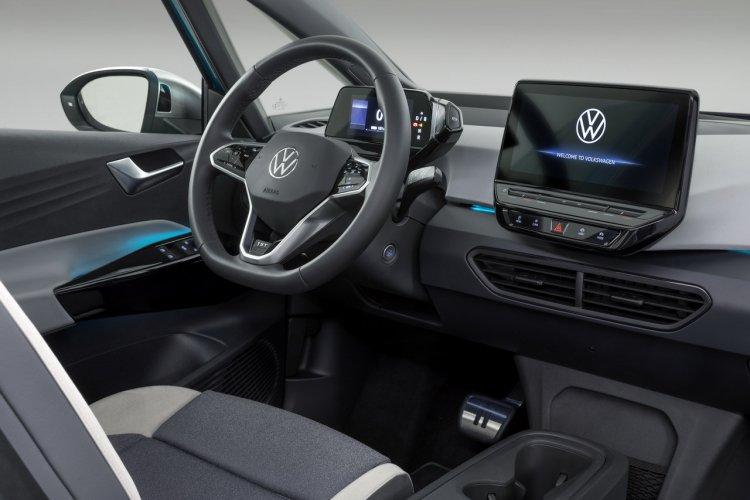 """Volkswagen va livrer des ID.3 """"presque finies"""" en septembre"""