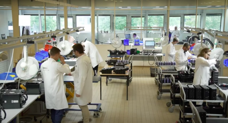 Le français Easily Batteries développe des bornes de charge mobiles