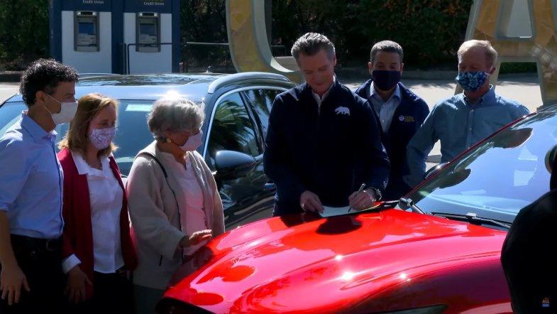 A partir de 2035, tous les véhicules neufs vendus en Californie devront être branchés