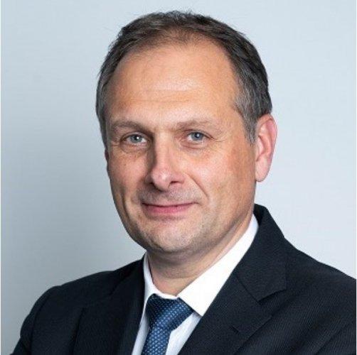 """Christophe Prévost, Peugeot France: """"30% de trafic en moins en avril mais des ventes privées réussies"""""""