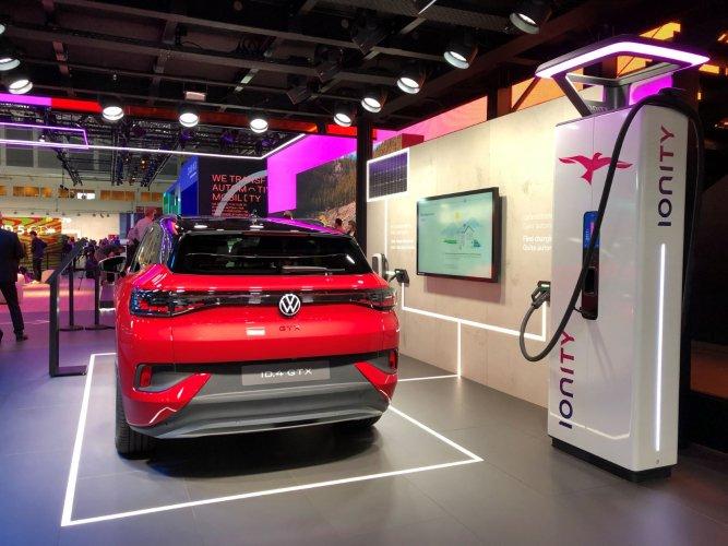 Le rêve du groupe Volkswagen de contrôler le parc des véhicules électriques vendus pour maîtriser la batterie peut-il devenir réalité ?